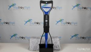 Giveaway: curat câine pooper scoop (valoarea 26 dolari)