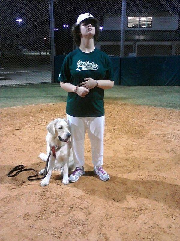 Becky și Thule la exemplul de baseball
